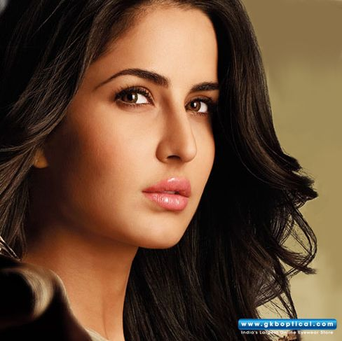 Katrina Kaif S Eyes Look Beautiful Enhance The Beauty Of Your Eyes Too With These Colored Contact Le Contact Lenses Colored Colored Contacts Contact Lenses