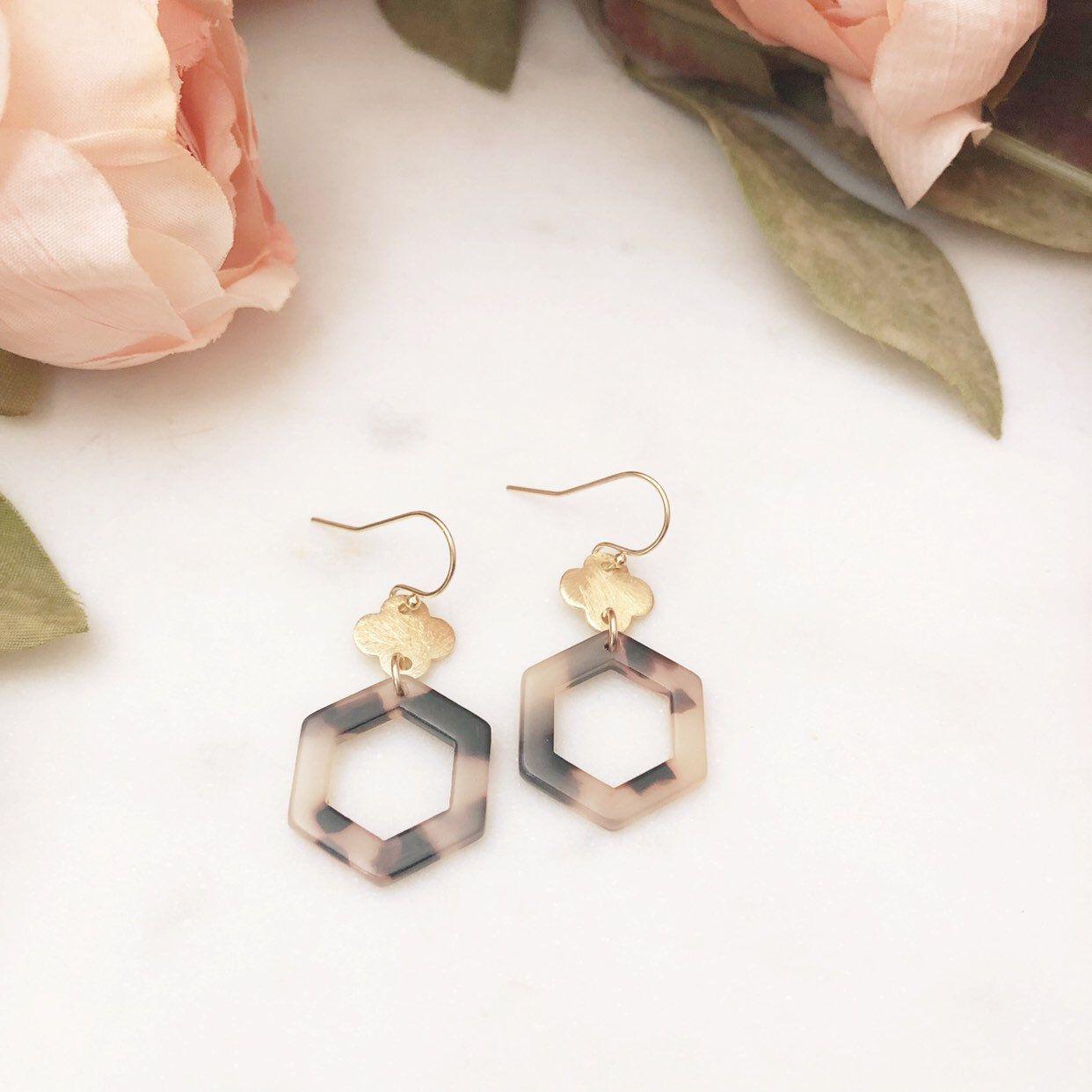 EVA | Tortoise Shell Earrings | Hexagon Earrings | Blonde Tortoise Shell Hexagon Earrings | Geometric Earrings | Tortoise Earrings