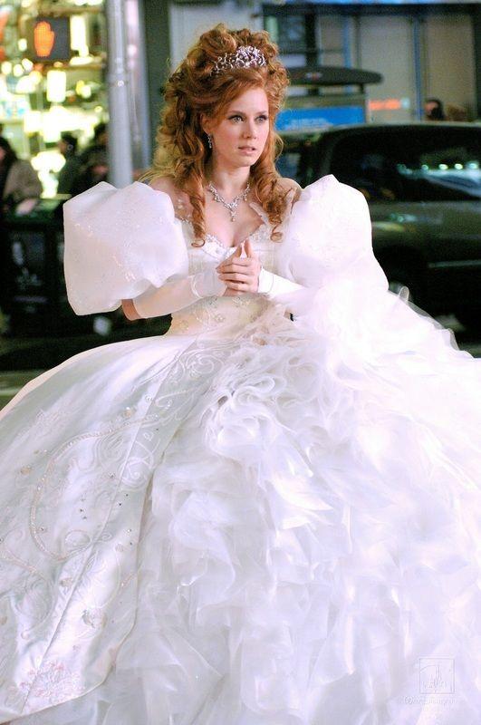 Giselle\'s insanely poofy wedding dress tutorial. | Disney Costume ...