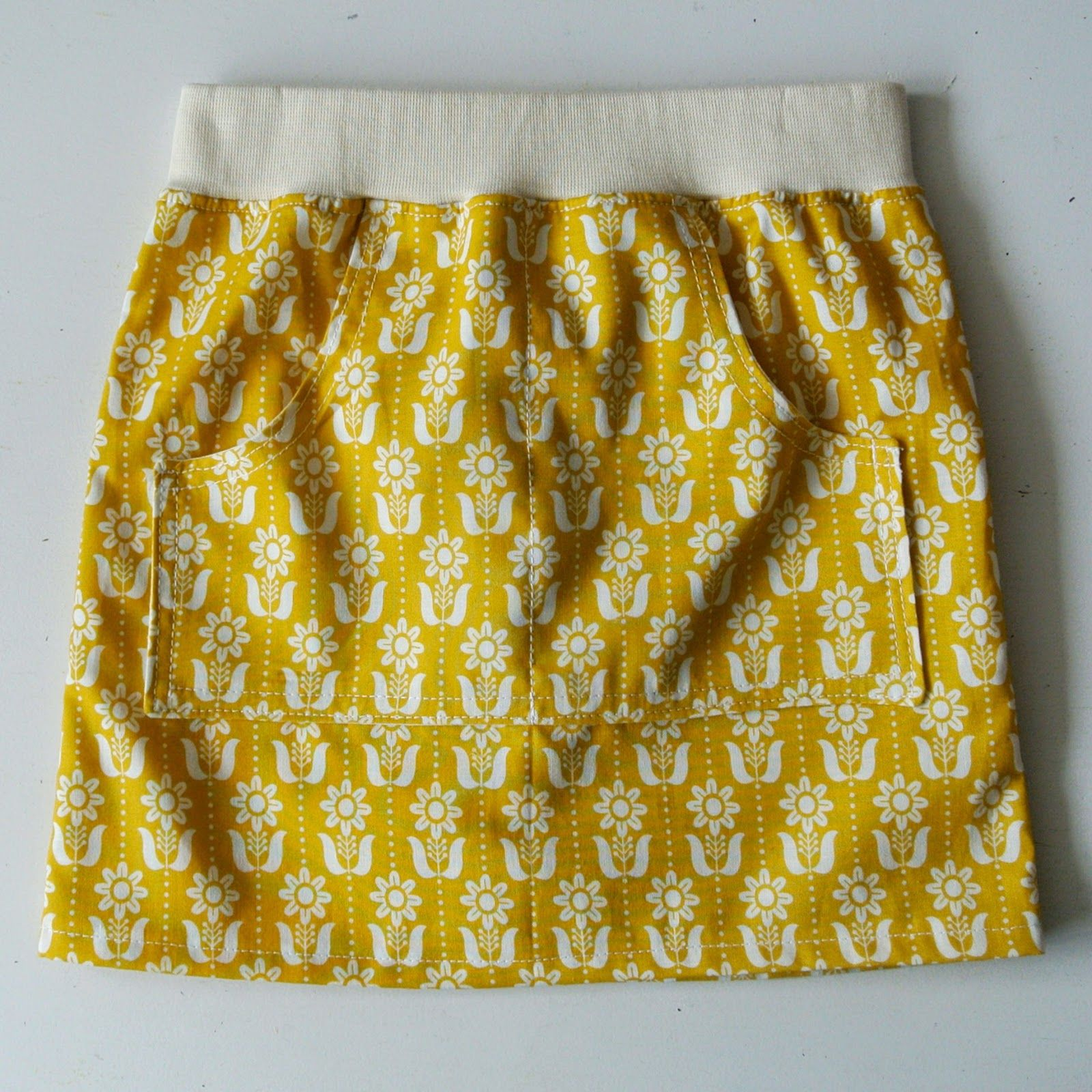 Easy Skirt - Number 3 & Sewing Pattern (Sew Natural Blog) | Nähen