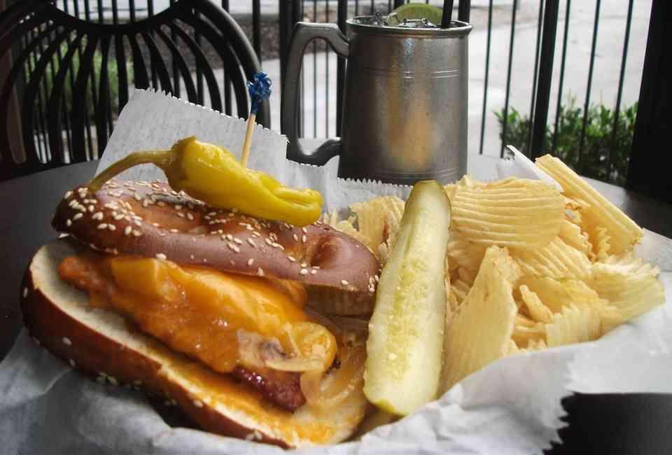 19 Reasons to Cross the River East Nashville's Best Bars