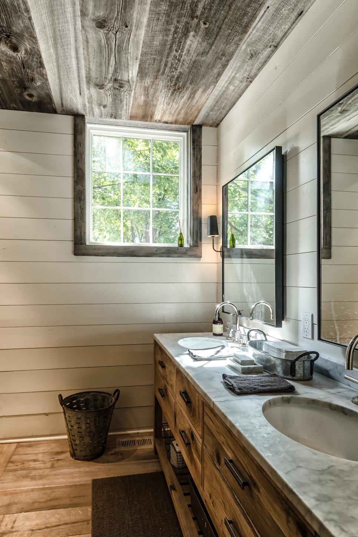 Rustic Style Bathroom With Wood Ceiling Small Farmhouse Bathroom