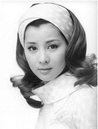 Top  Most Beautiful Japanese Women