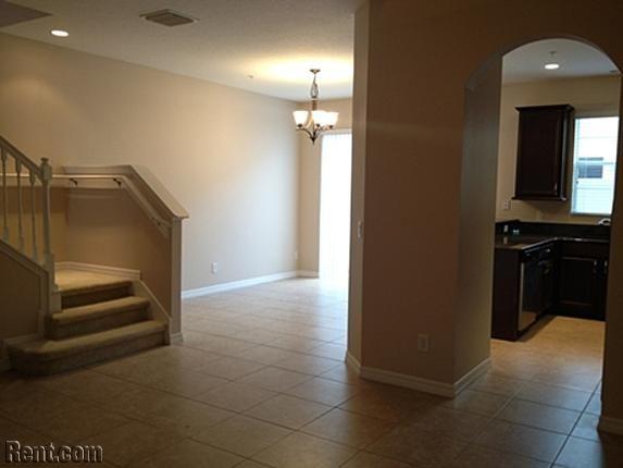 Townhome Near Millennia 4816 Fiorazante Ave Orlando Fl 32839 Rent Com House Renting A House House Rental