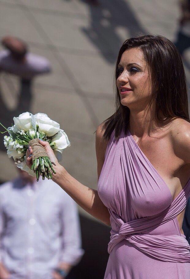 Hot milf hooks up at wedding