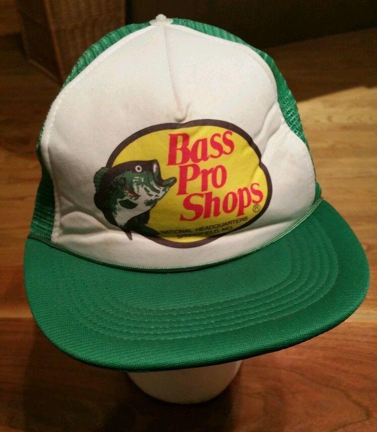 Vintage Bass Pro Shops Fishing Snapback Cap Trucker Hat Green Mesh Fish Missouri