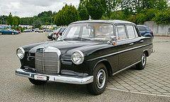 Mercedes 190 W110 1964