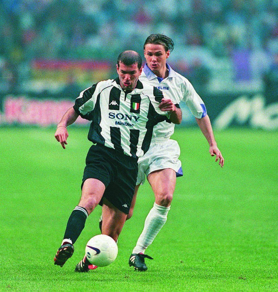 Zidane de la Juventus de Turn y Fernando Redondo organizador