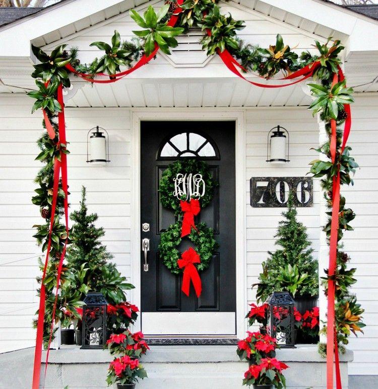 Décoration Noël de porte d'entrée - 20 idées de déco de porte pour Noël | Decoration noel, Deco ...