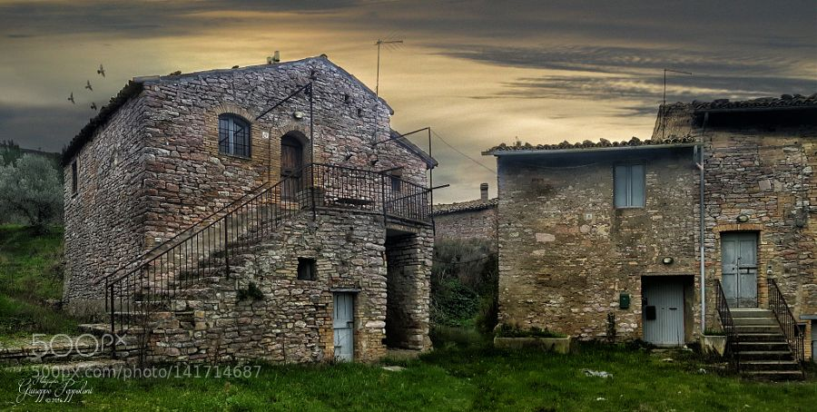 http://ift.tt/1SGOK8t #Architecture #Photography Casolare by giuseppepeppoloni http://ift.tt/1p55sCJ