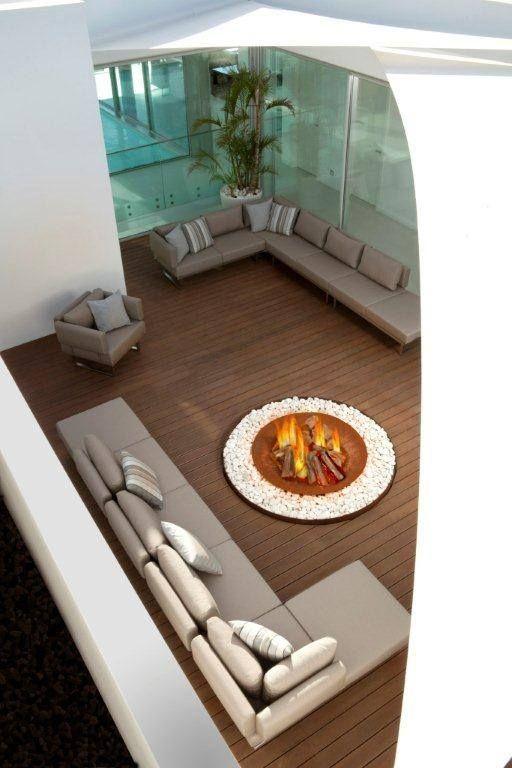 Le Brasero Zen De Ak47 Sublime Votre Patio Ou Terrasse. Il Crée Un