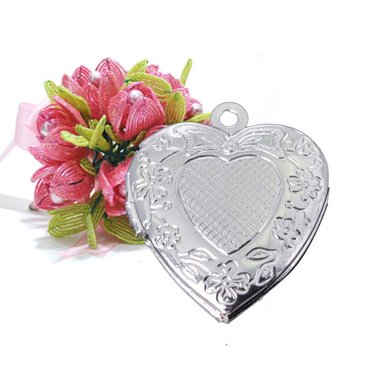 DIY jewelry accessories wholesale heart-shaped pattern on one side 20 * 20mm $55.42