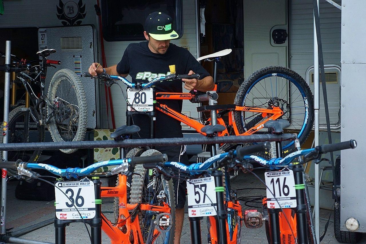 Fotoreport Banshee Bikes Factory Team V Leogangu Dolekop Com