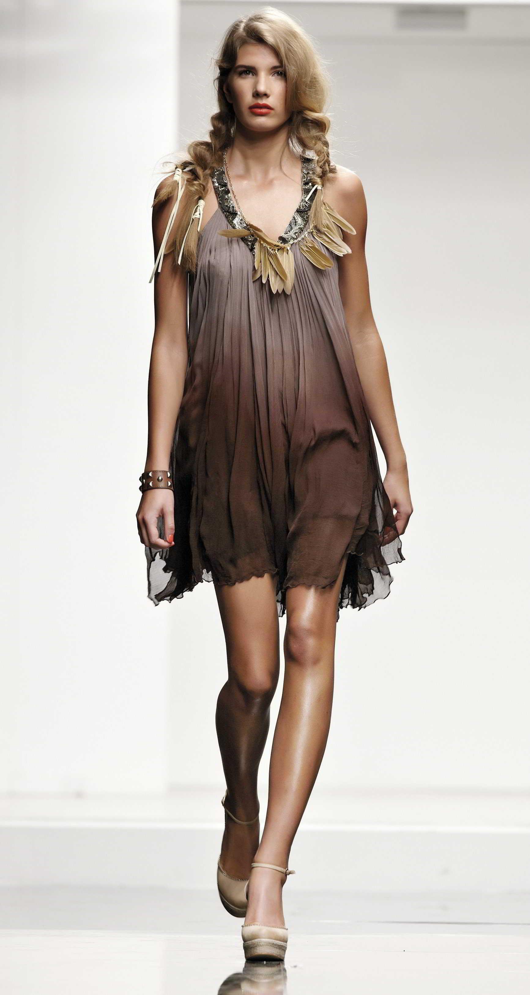 sito web professionale maggiore sconto di vendita ineguagliabile nelle prestazioni Twin Set - Simona Barbieri | Brown | Fashion, Summer outfits ...