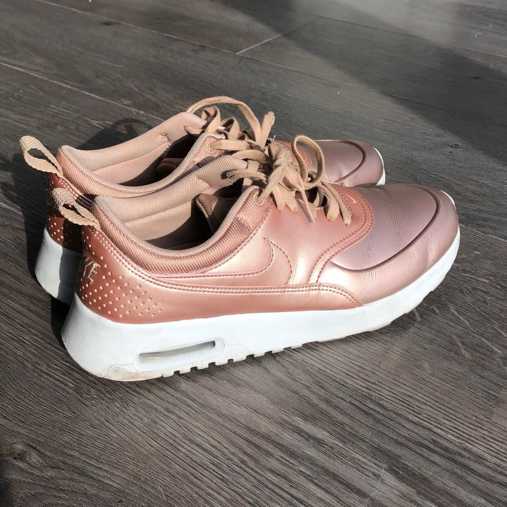 Nike air max Thea rose gold size 8.5