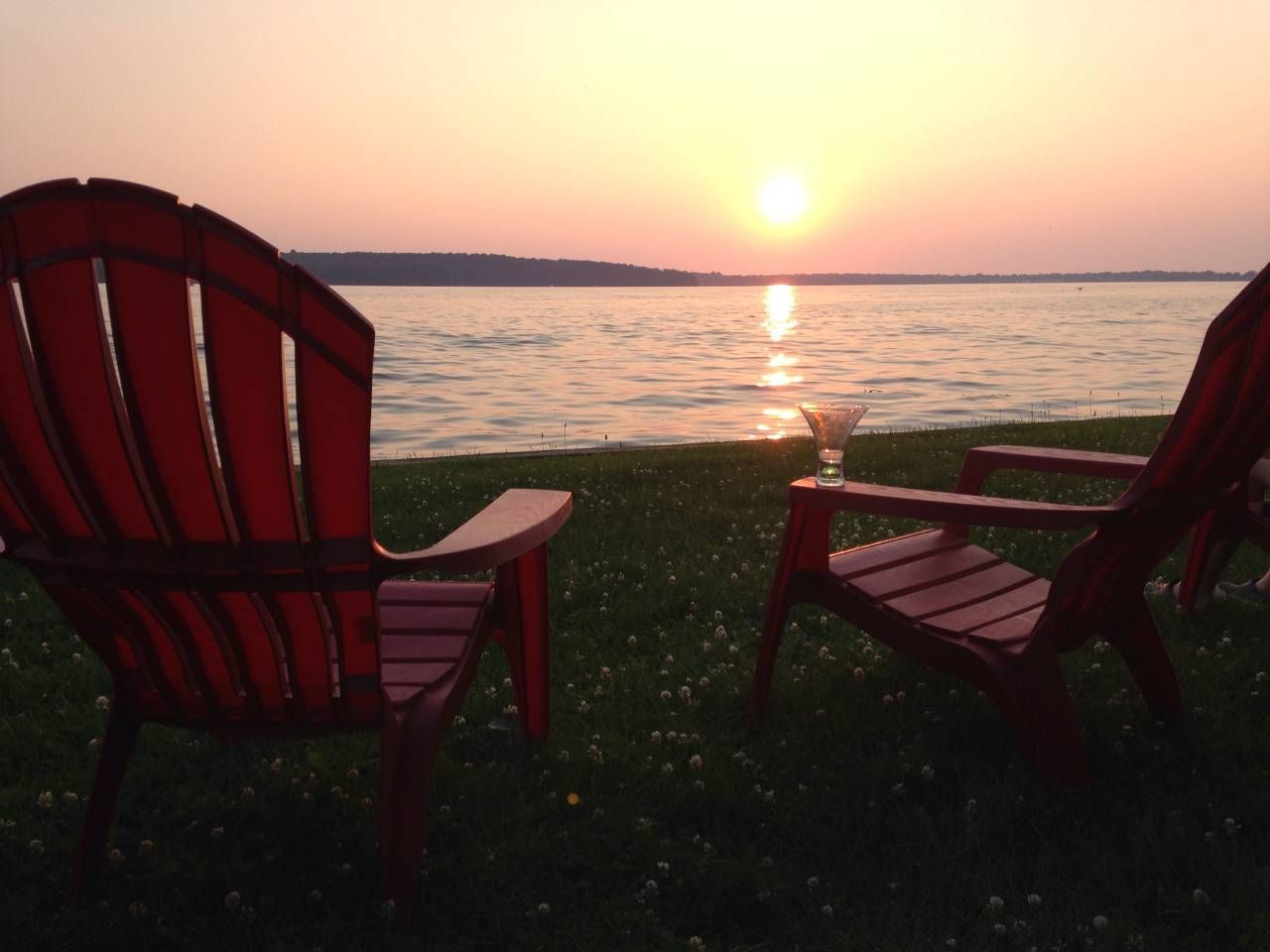 Sunset View Lake Front Cottage Cottages For Rent In Wolcott New York United States Vacation Home Lake Ontario Sunset Views
