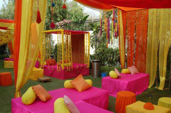 Good mehndi day decoration pictures 2016 inspiration for B day decoration at home