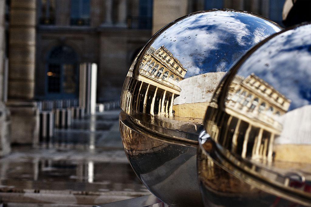 https://flic.kr/p/8a8VHh | Palais Royal | Explore Jun 13, 2010 #430 Palais Royal. Paris  View On Black