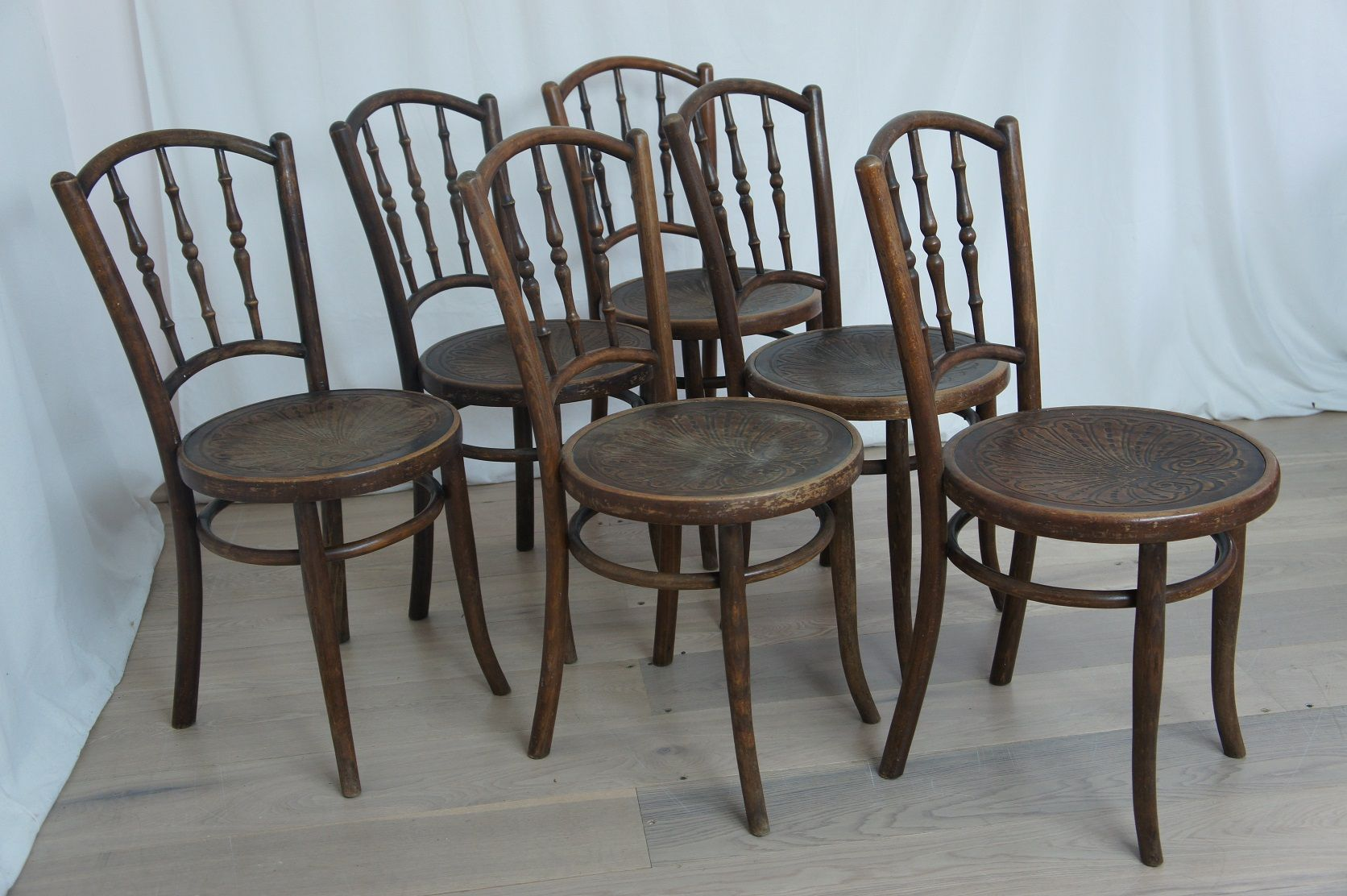 Set Of 6 Vintage French Bentwood Bistro Chairs 1900s Retro Furniture Bistro Chairs Vintage Chairs