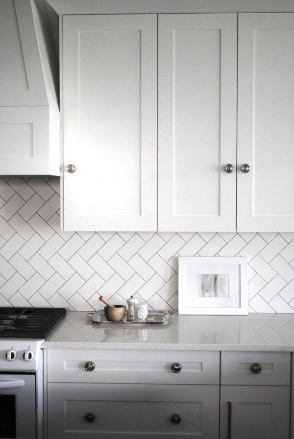 Le Carrelage Metro En Idées Déco Diagonale Dans La Cuisine - Pose carrelage pour idees de deco de cuisine