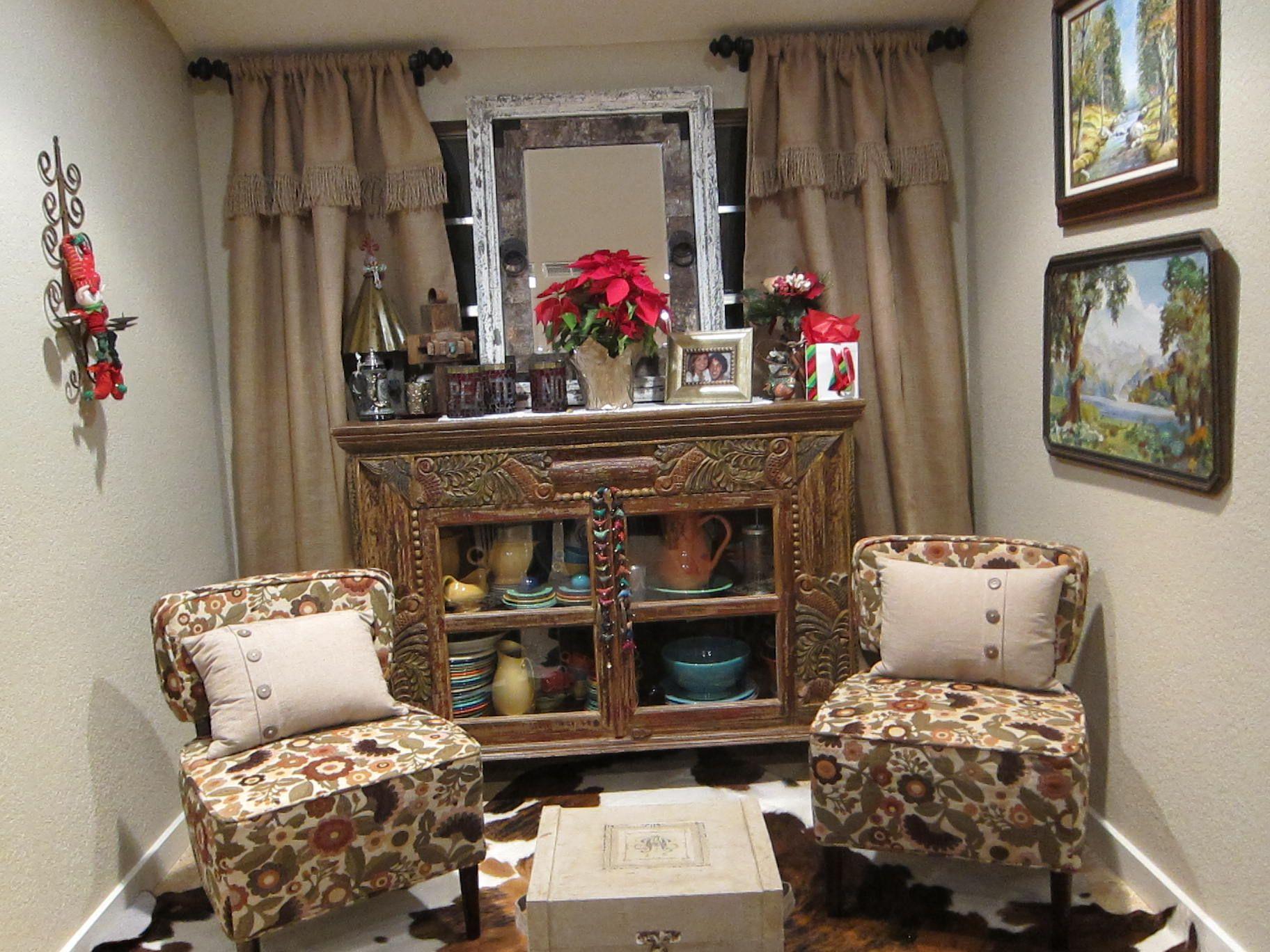 Breakfast area into sitting area | Cozy house, Decor, Home ...