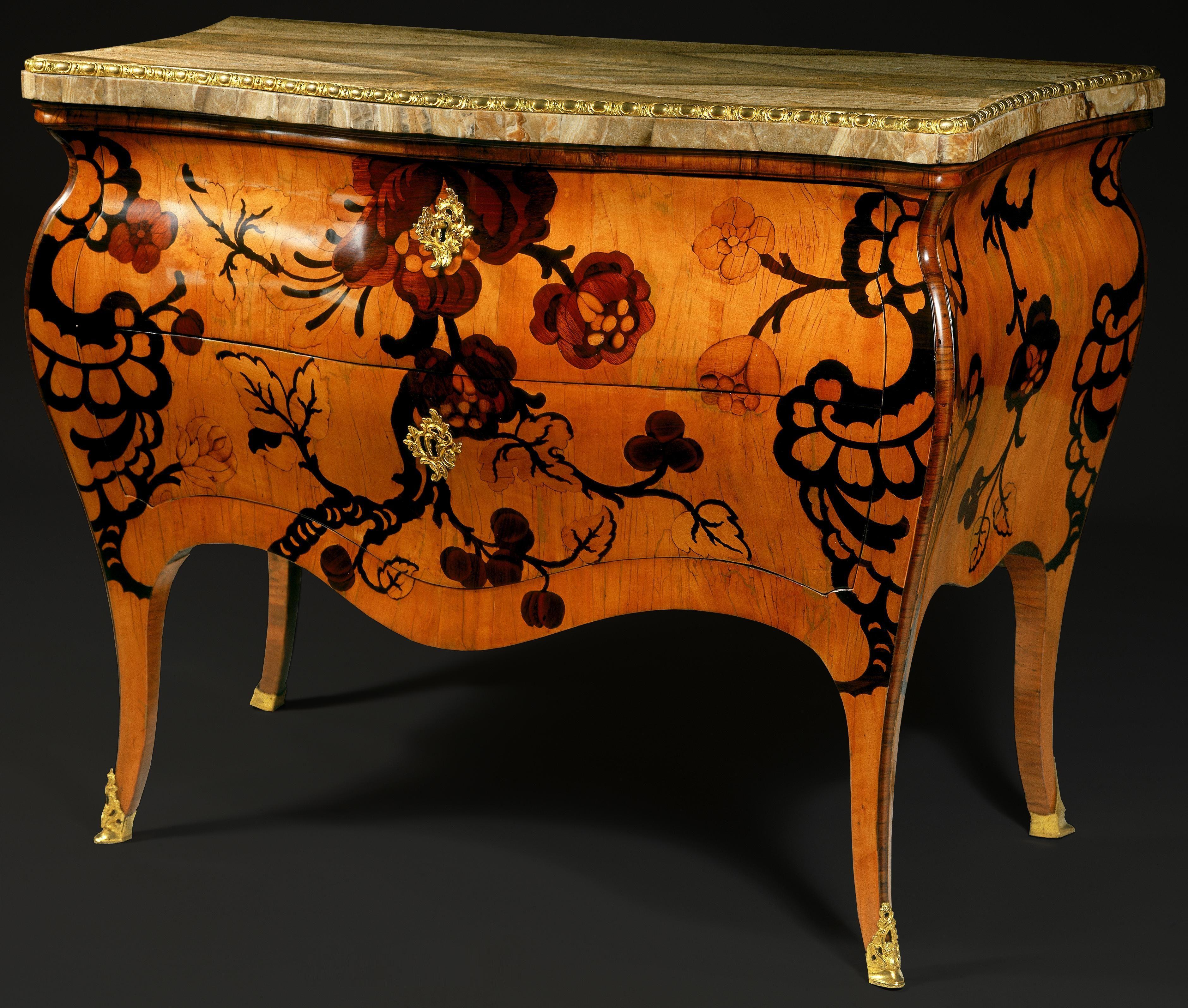 Estilos de muebles antiguos affordable tasar mueble antiguo with estilos de muebles antiguos - Como tasar muebles antiguos ...