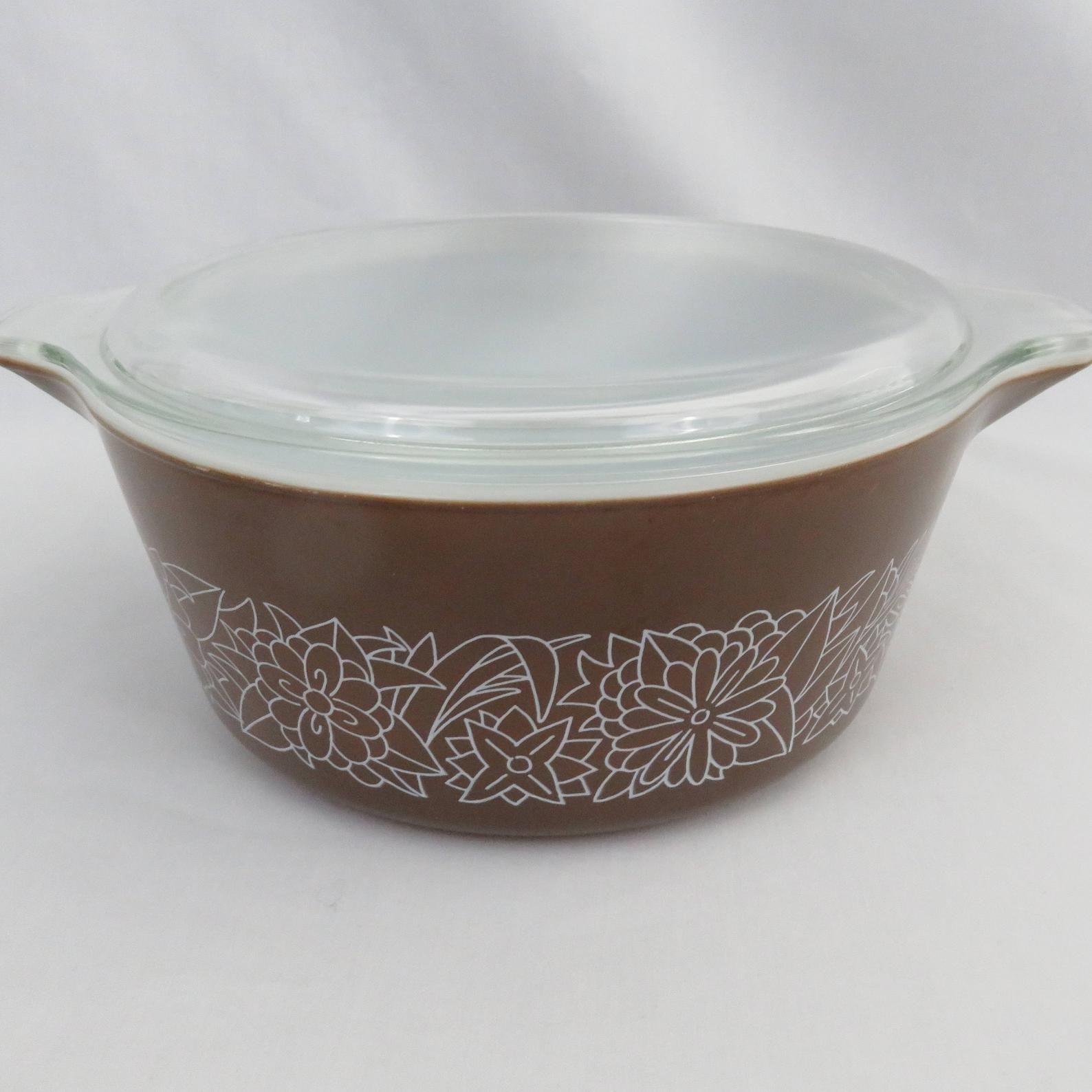 Pyrex Colonial Mist White Flowers 323 1.5L One /& a half Litre Bowl
