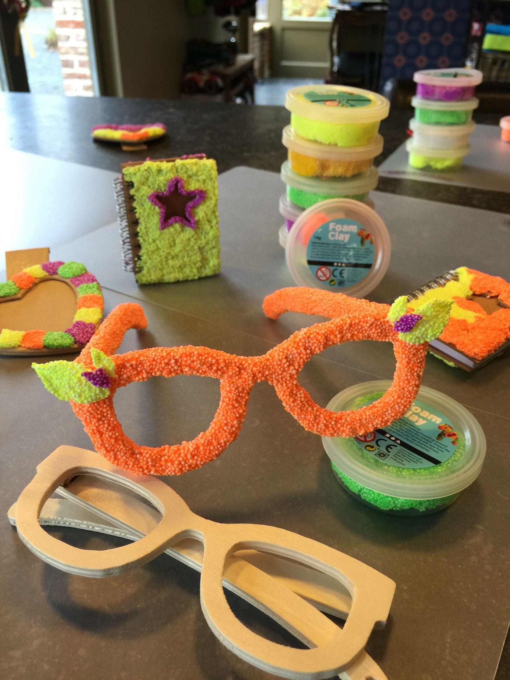 Fabulous Leuke brillen maken van foam clay   activiteiten bejaarden @YN87