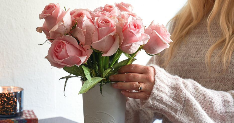 How to Revive a Wilting Bouquet Wilted rose, Wilted