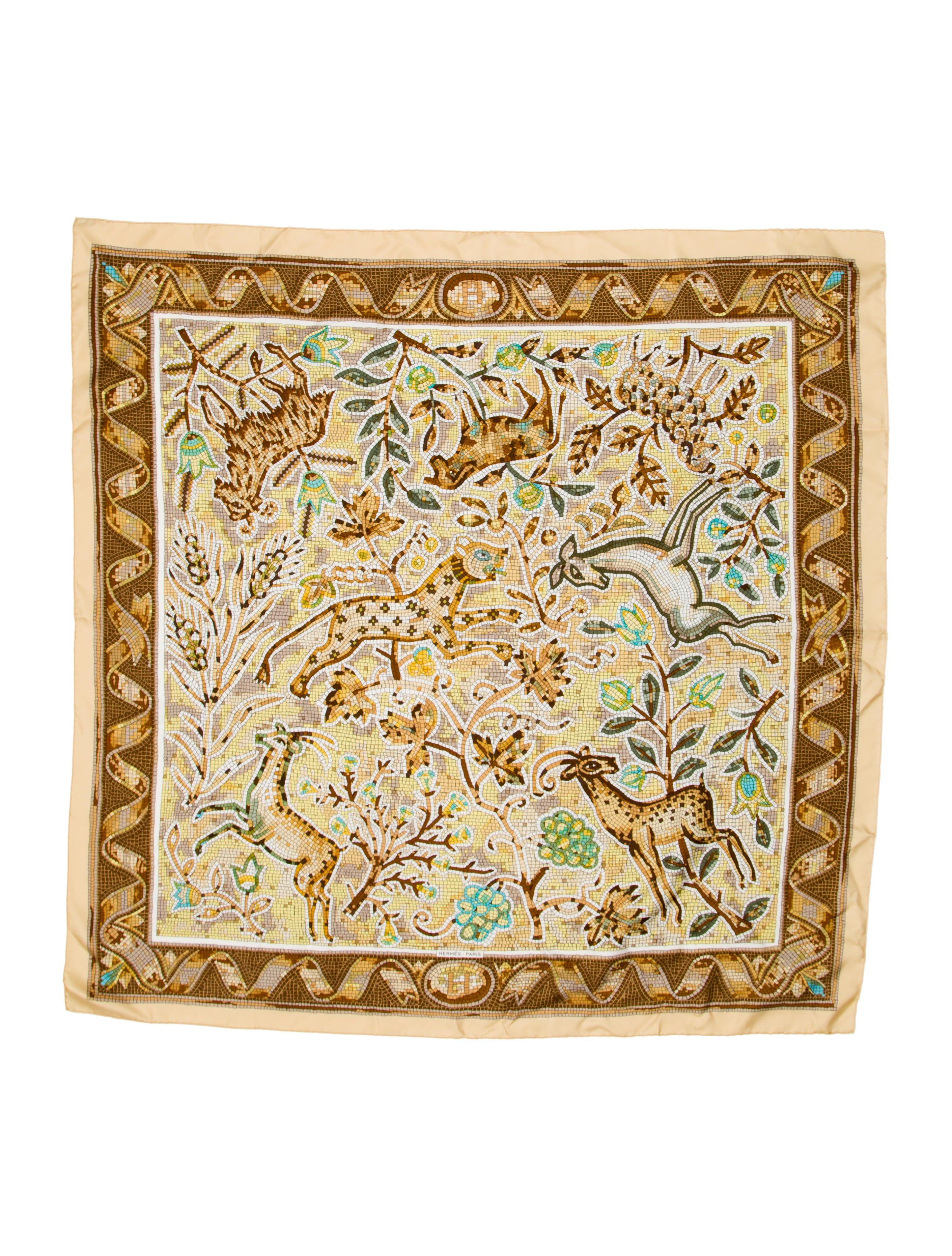 Hermès Animal Mosaic Silk Scarf   1 Hermès - H ing it Up! Hermes ... 28e4cf3b2c9