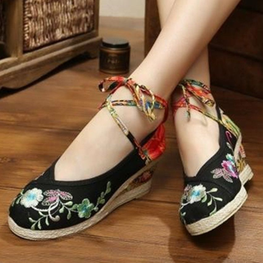 Chinese traditional flavor wedges shoe for women flower embroidered round  toe with vintage buckle button girls  casual sandals-in Women s Pumps from  Shoes ... 882300ebbdb0