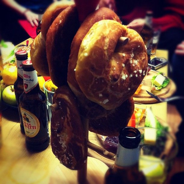 Pretzels and Beer, Pomodoro E Basilico #Vegan Supper Club