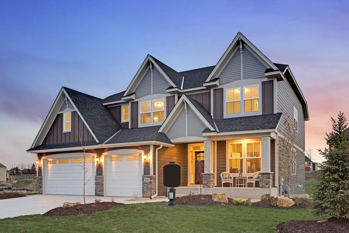 The Prominent High Pitched Gable Roofs Serve As A Statement On The Exterior Of This Exclusive 5 Bedroom Hou 5 Bedroom House Plans 5 Bedroom House House Plans