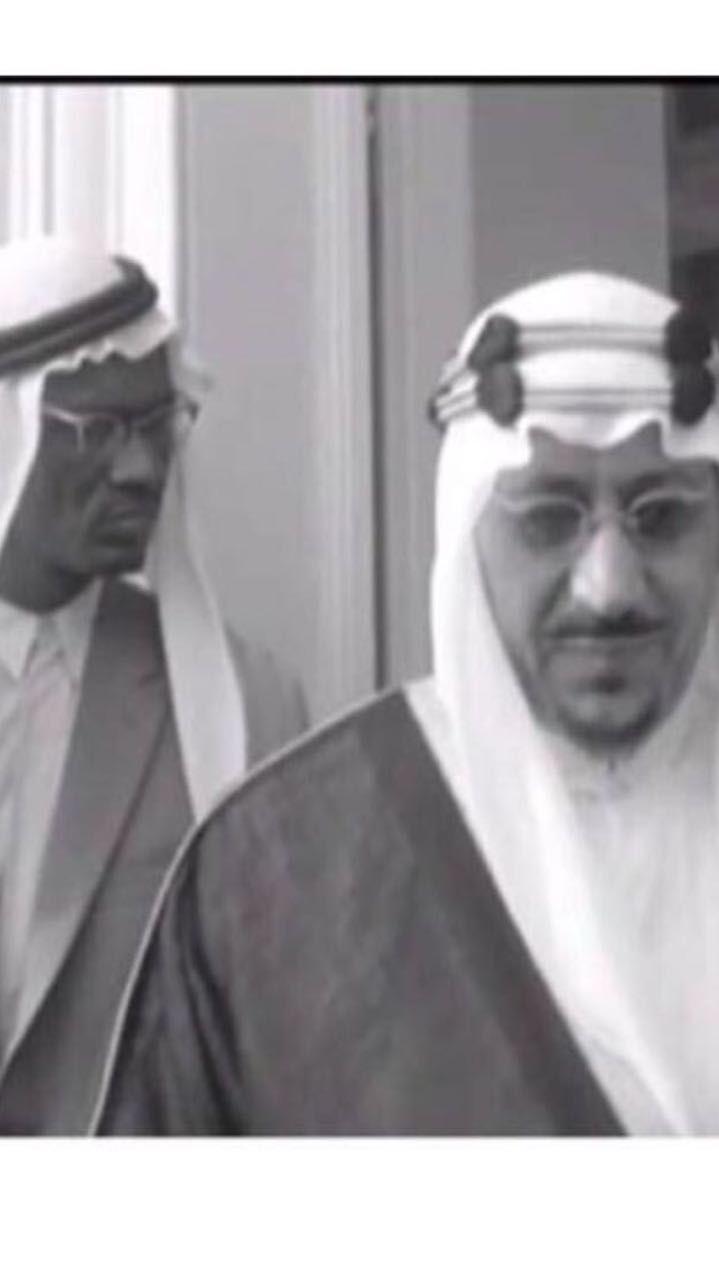الملك سعود والاعلامي بكر يونس رحمهم الله First Knight Royal Family Face Art