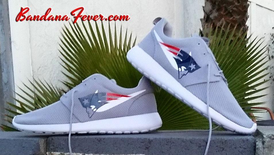 5156aca2b28ca Customized New England Patriots Nike Roshe One Sneakers