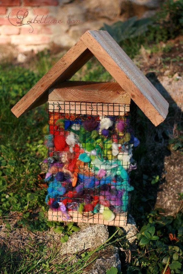 aidez les oiseaux construire leur nid avec vos restes de laine l 39 atelier de libellune. Black Bedroom Furniture Sets. Home Design Ideas
