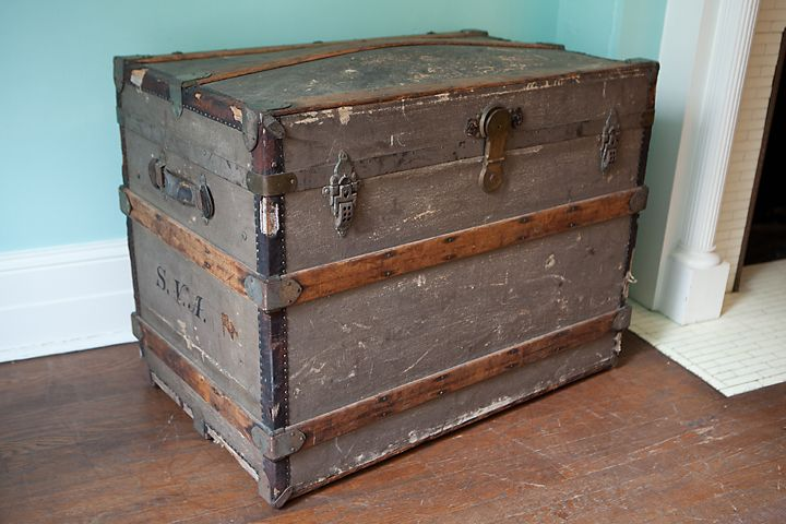 Antique Trunk Sarah Van Antwerp Estate Albany NY – FleaPop – Buy and sell  home decor, furniture and antiques - This Is An Awesome Antique Trunk From Sarah Van Antwerp Estate In