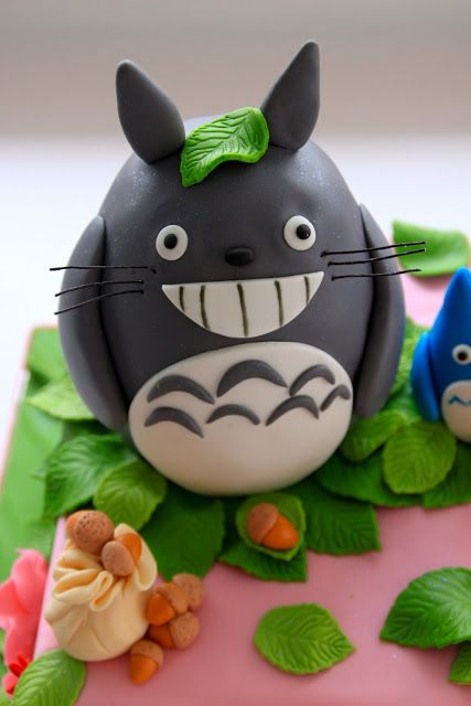 Celebre Con la torta: torta de Totoro