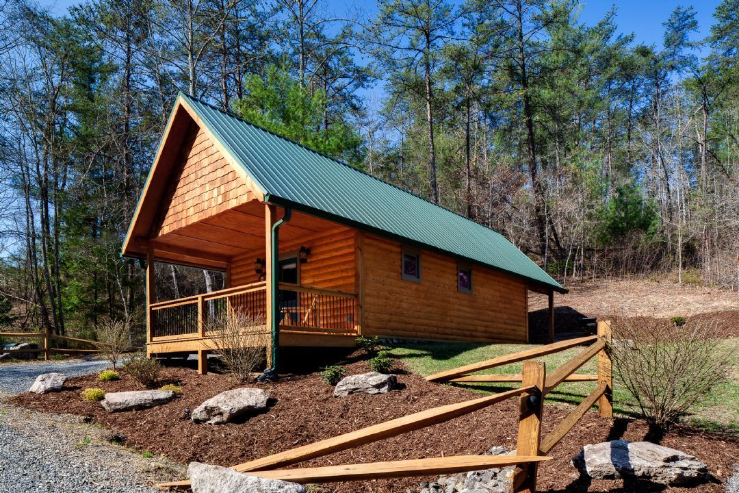 near cabins nc rustic in cabin modern ft vacation asheville tiny sq