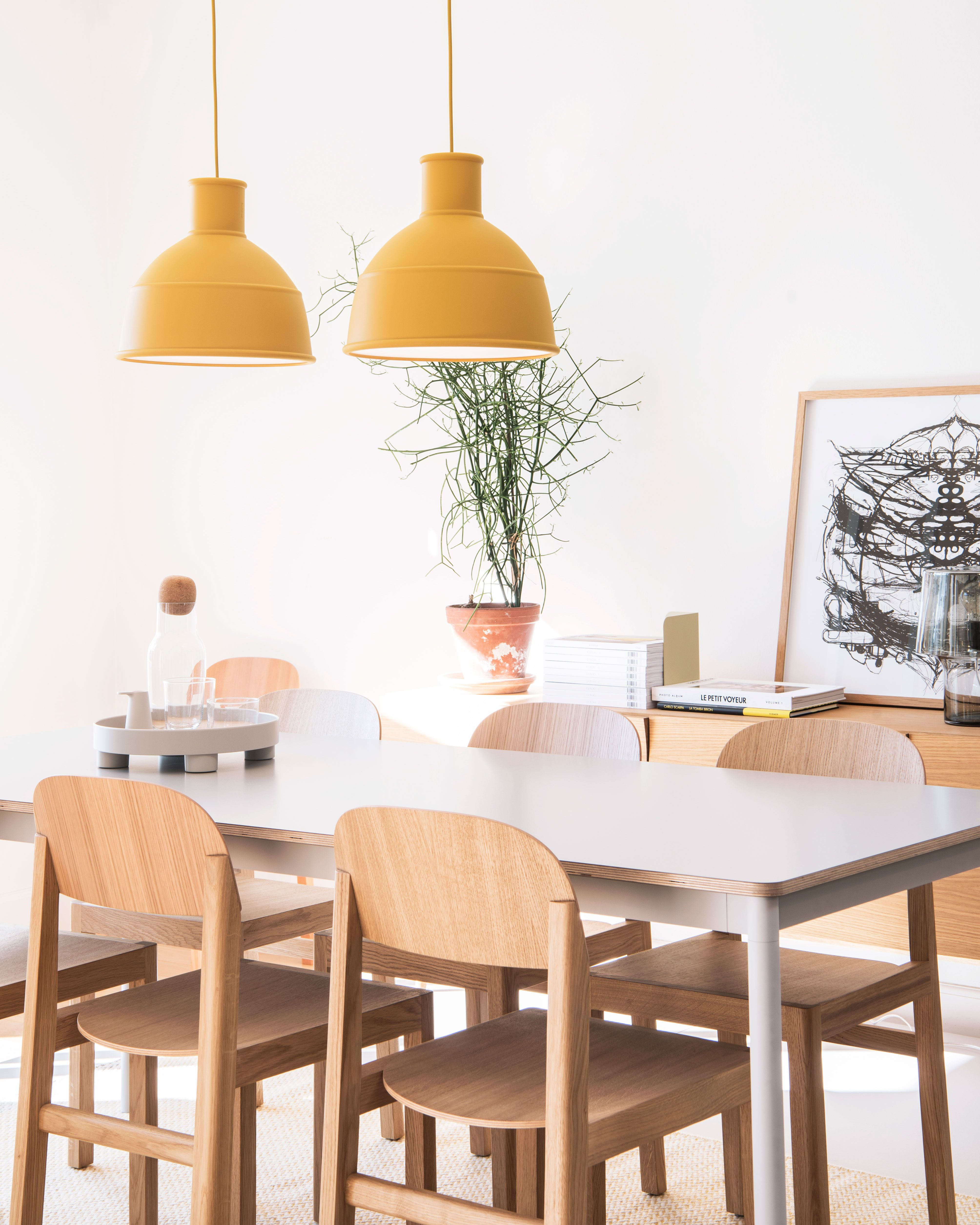 Scandinavian Dining Room Inspiration From Muuto The Unfold Lamp Seen Her Scandinavian Dining Room Scandinavian Dining Room Inspiration Dining Room Inspiration