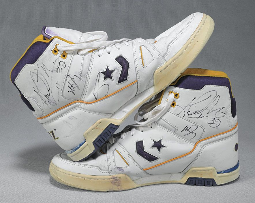 41d3713d4ae7 Karl Malone 80s Converse (signed)