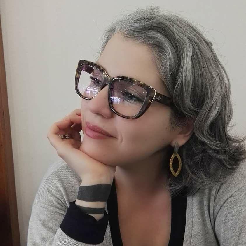 The 25 Best Grey Hair Dark Skin Ideas On Pinterest Grey