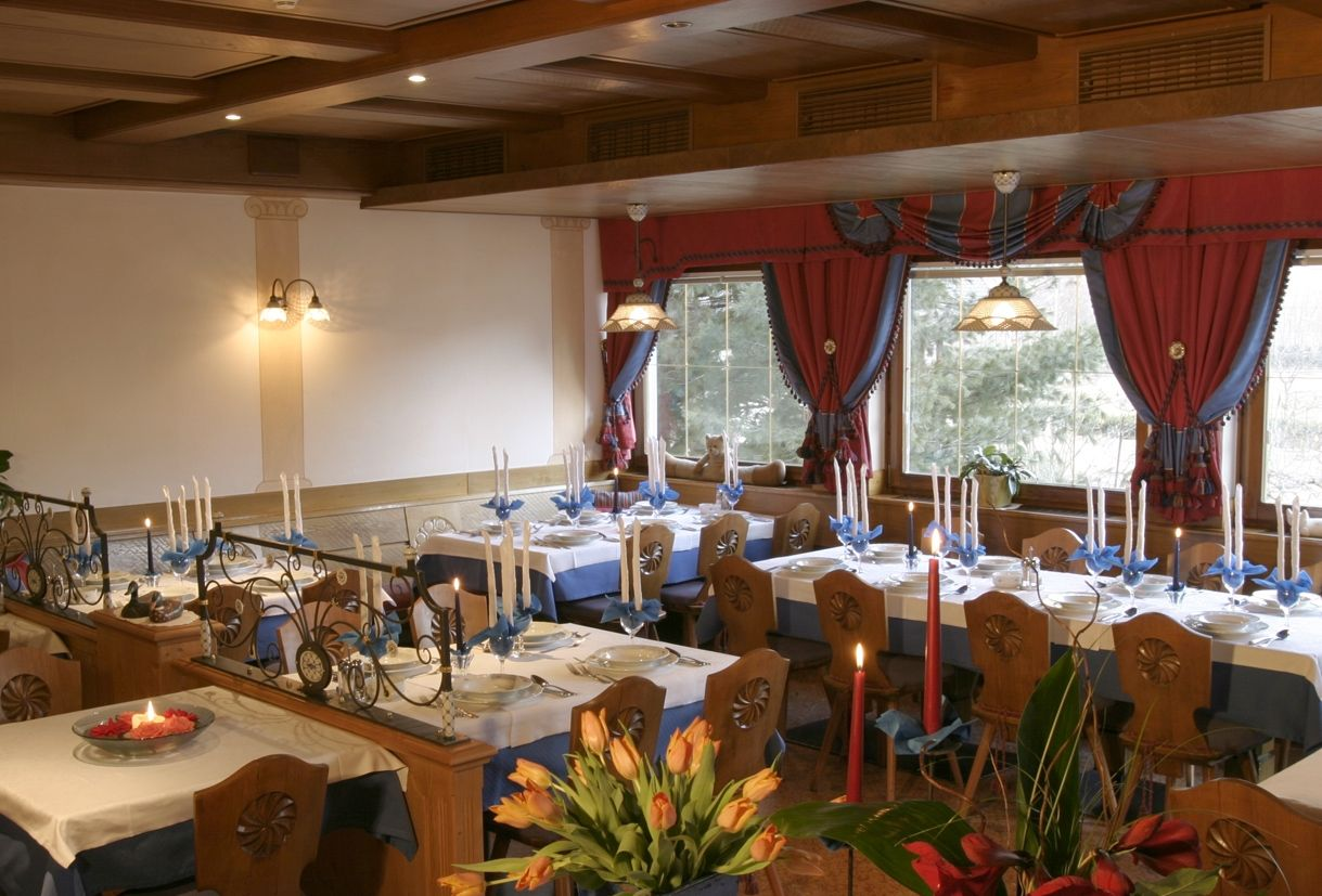 Hotel Reichegger *** Breakfast & Dining area *** http://www.reichegger.com