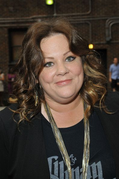 Melissa Mccarthy Hairstyles Melissa Mccarthy Medium Curls  Melissa Mccarthy And Medium Length Curls