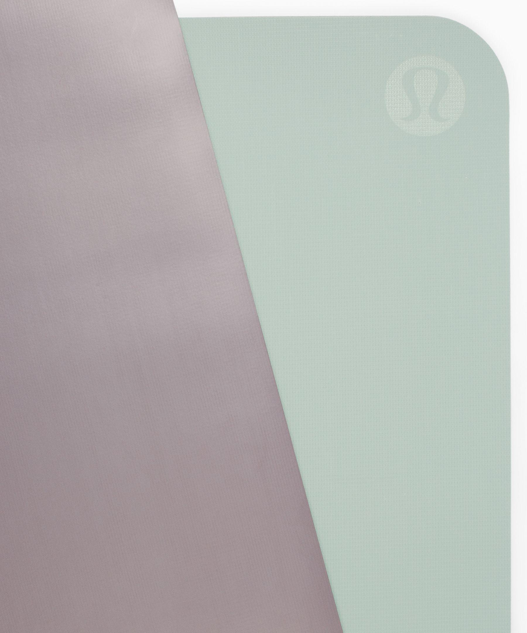 The Reversible Mat 5mm Women S Yoga Mats Lululemon In 2020 Yoga Women Lululemon Yoga Block