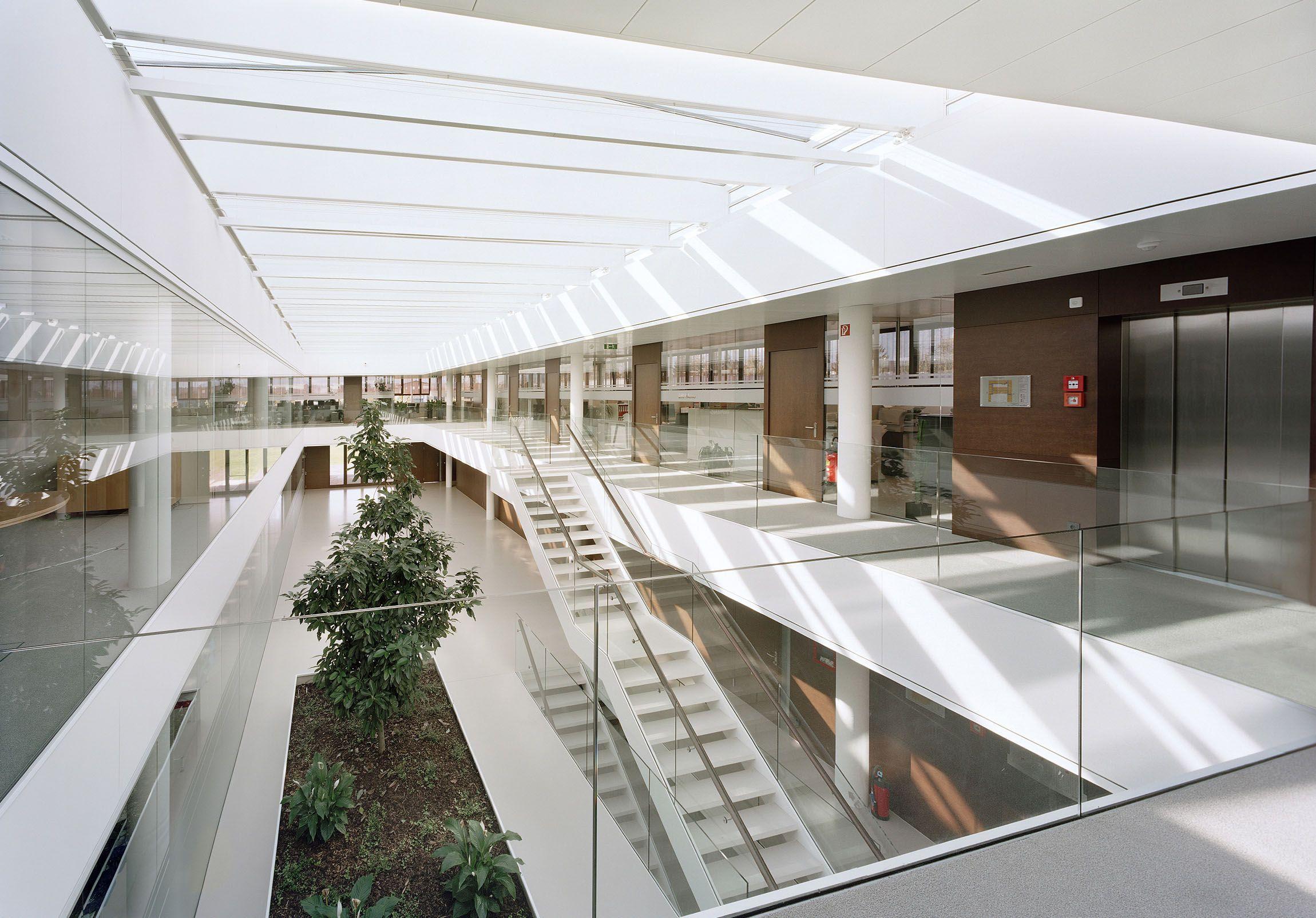Architecture atrium google zoeken interesting for Architect zoeken