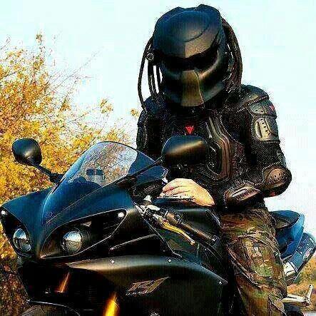 predator motorcycle helmet just plain cool motorcycle. Black Bedroom Furniture Sets. Home Design Ideas