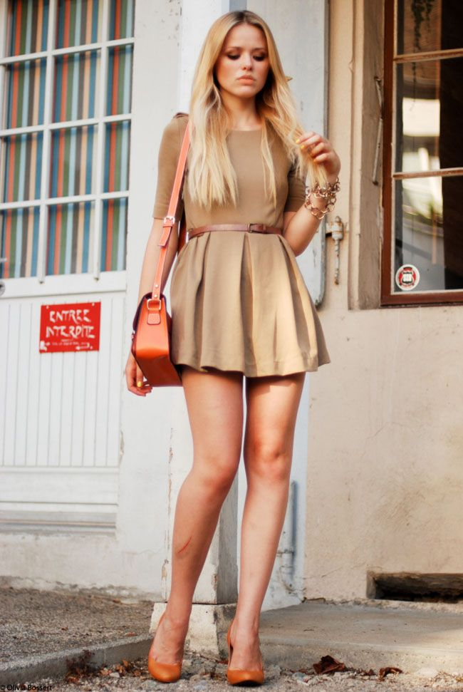 Beige dress what color accessories with orange