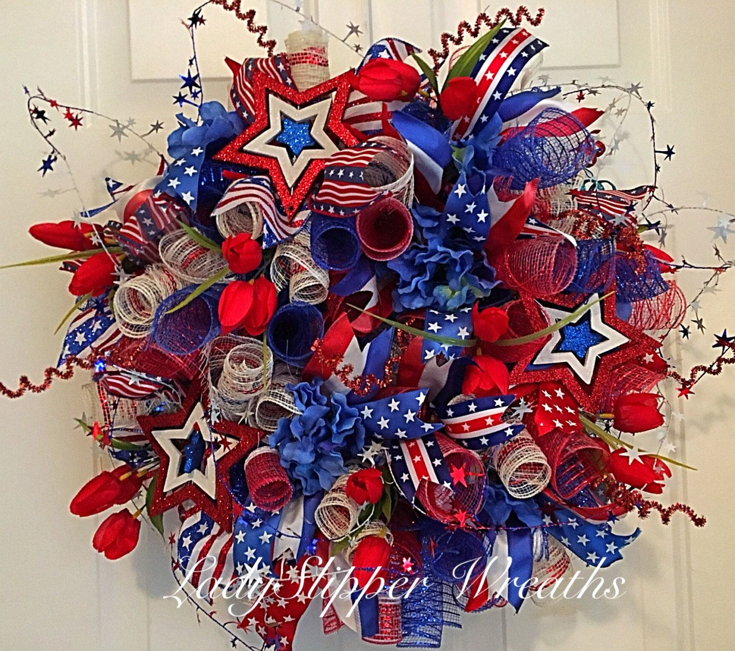 Summer Deco Mesh Wreath, Deco Mesh Wreath, Patriotic Deco Mesh Wreath, Patriotic Wreath, Fourth of July Wreath, Red White and Blue Wreath by LadySlipperWreaths on Etsy #decomeshwreaths