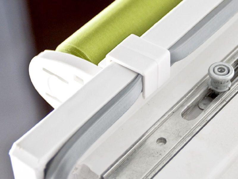 Klemfix verduisterende rolgordijnen gordijnen for Ophangsysteem gordijnen